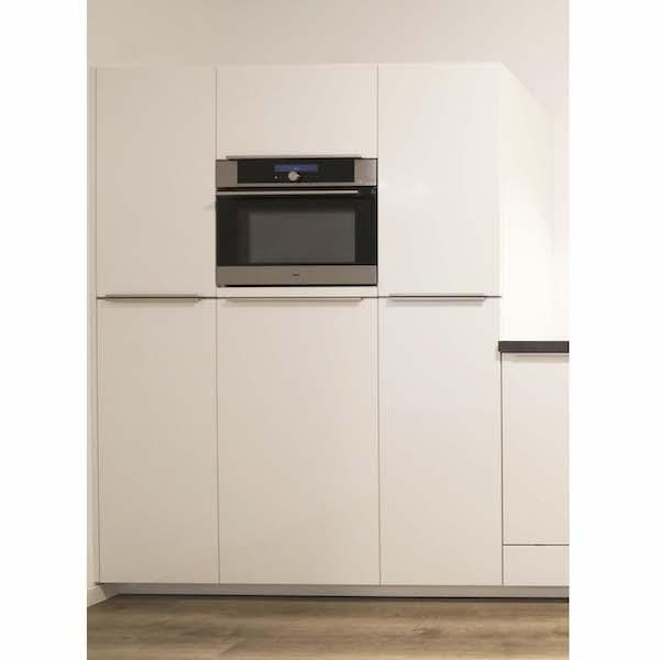 Keuken met veel opbergruimte_appartement Mercuriushof Dr. Schaepmanstraat 143 Assen_7