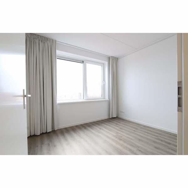Slaapkamer gestoffeerd appartement Mercuriushof Dr. Schaepmanstraat 143 Assen_1