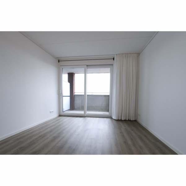 Woonkamer gestoffeerd appartement Mercuriushof Dr. Schaepmanstraat 143 Assen_3